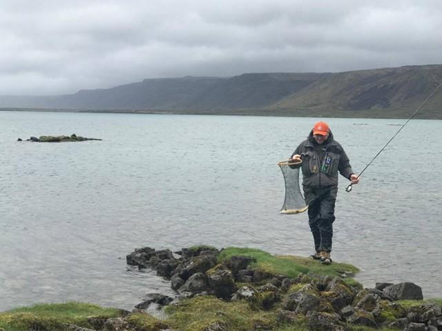 Þjófar við Hlíðarvatn, breyttur matseðill hjábleikjunni í Hraunsfirði og ýmislegt fleira