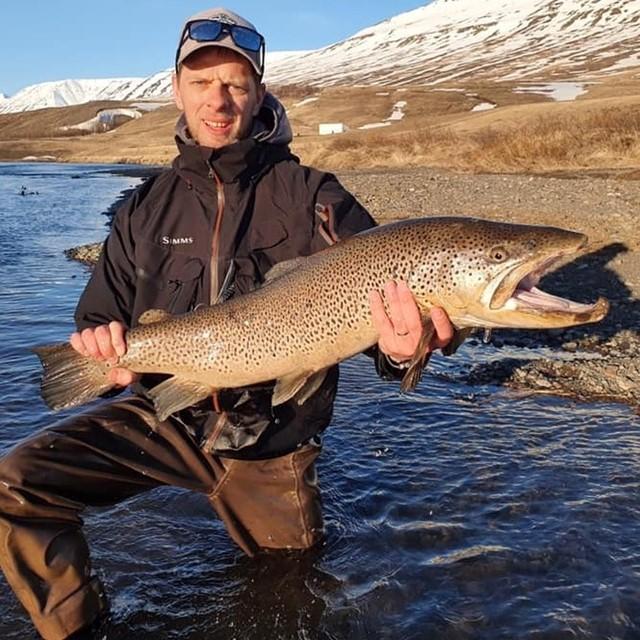 VÆS Fly fishing í Eyjafjarðará